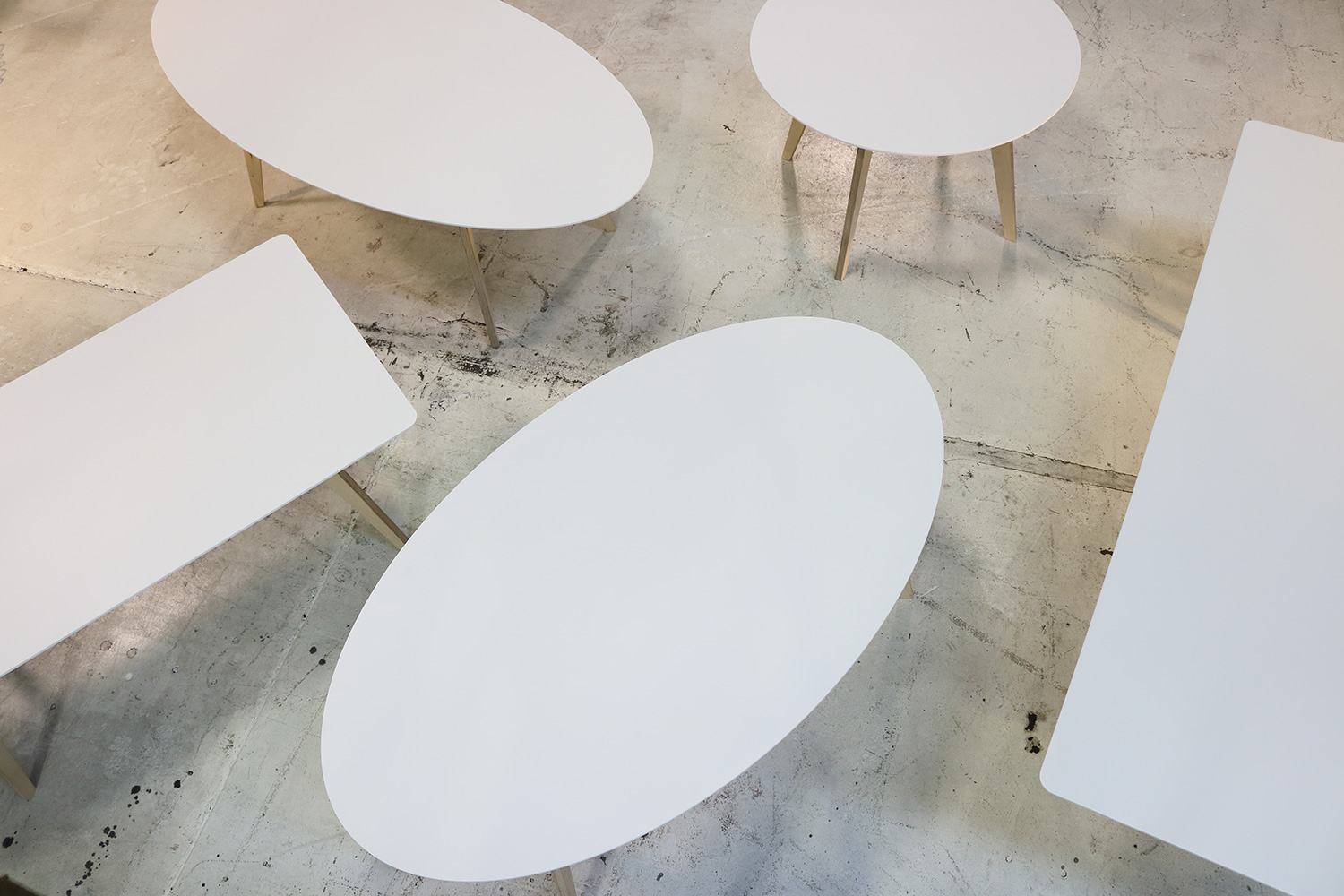 Hull Dining Tables
