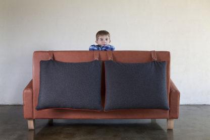 Alto lounge with boy