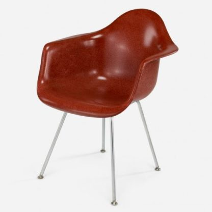 Modernica Arm Shell H Base Terra