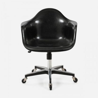 Modernica Office Black With Arms Front