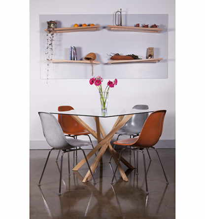 Pende Dining with Rake Shelves