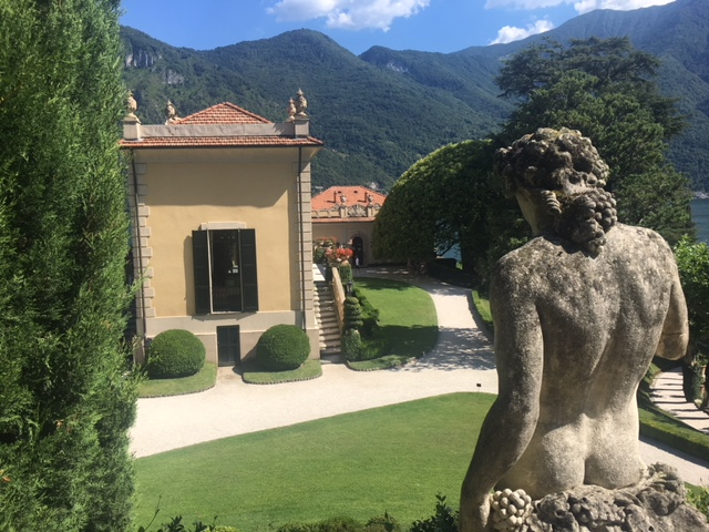 Gorgeous day for an Italian Villa visit