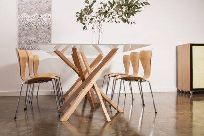 Modern Dining Tables Feature: Pende